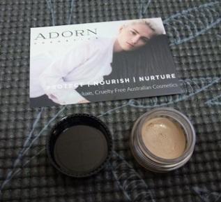 Adorn Hydrating Cream in Fair