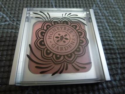 Blush in Tea Rose, closed container