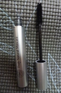 Open view of mascara